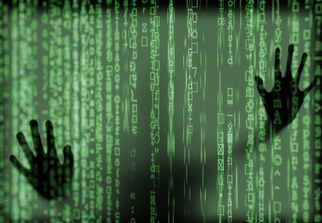 Pencurian uang melalui virus komputer