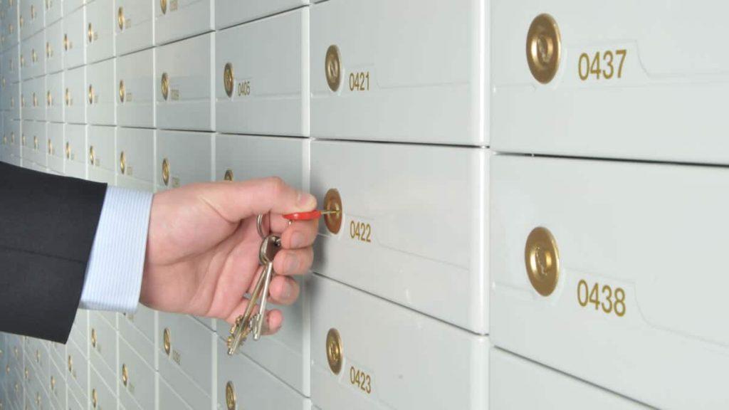 Safe Deposit Box Perbankan vs Pool Account BrankasLM PT Antam Tbk. via harianaceh.co.id