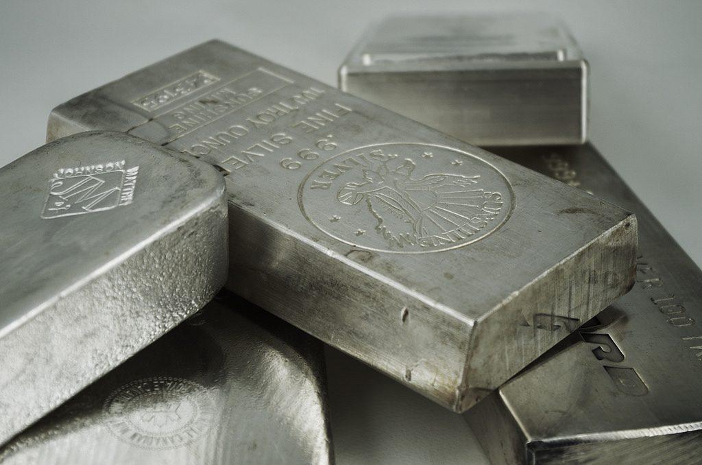 Wajib Anda Baca Mengenai Serba-serbi Investasi Perak