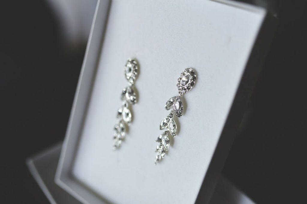 Yuk, Merawat Perhiasan Perak dengan Lima Tips Mudah Ini!