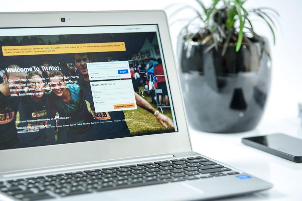 Manfaat Cloudflare untuk Investasi Jangka Panjang, Pemilik Website Wajib Menggunakannya