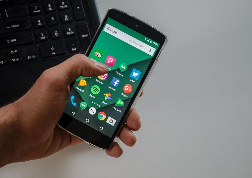 Jangan sampai menyesal setelah membeli smartphone bekas. Hal-hal ini perlu Anda perhatikan sebelum membeli smartphone second.