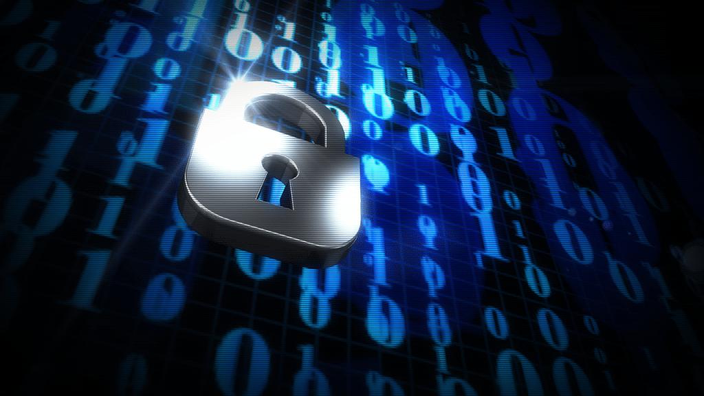 Direktur Keamanan Informasi Yahoo mengingatkan kepada para pengguna melalui surat edaran resmi pemberitahuan pembobolan data pengguna.
