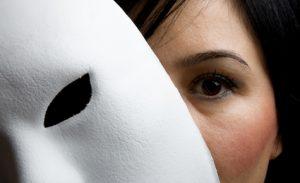 Membongkar rahasia seseorang dengan hipnosis?