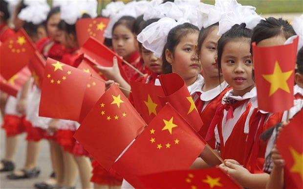 Vietnam sebagai negara pemilik emas terbanyak ketujuh di ASEAN via telegraph.co.uk