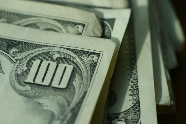 Perubahan nilai tukar dollar