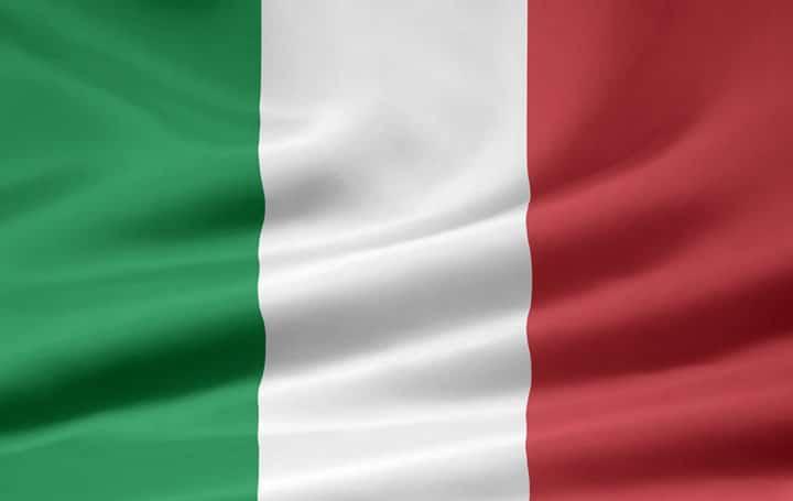 Di posisi ketiga ada Negara Italia via italian-flag.org