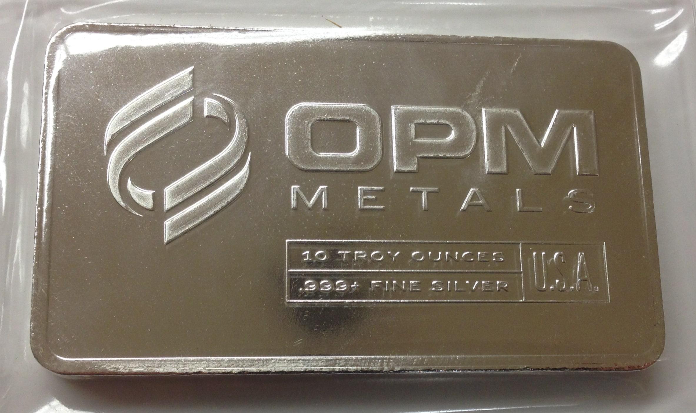 Untung investasi perak atau investasi emas via coinandbullion.com