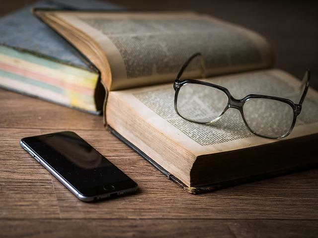 kebiasaan warren buffett usia ia bekerja adalah membaca