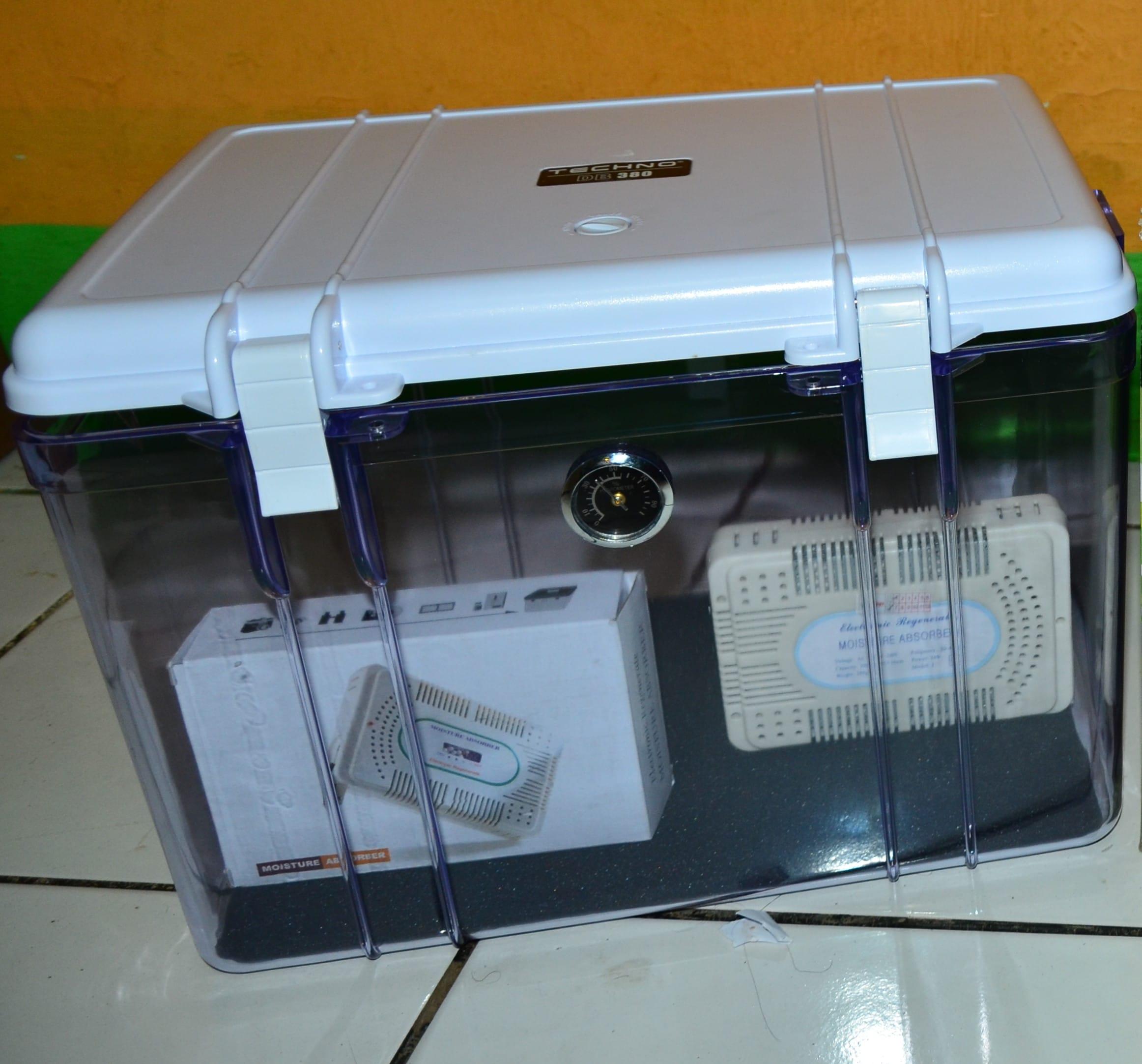 Cara mengeringkan HP basah menggunakan dry box dan silica gel