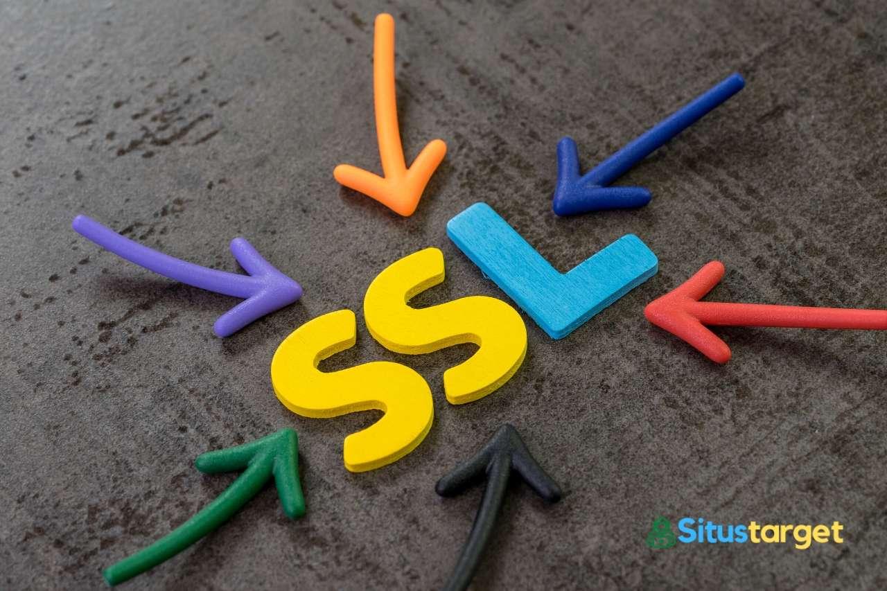 Gunakan SSL atau HTTPS pada situs web untuk meningkatkan keamanan dan kepercayaan dari pengunjung dan mesin pencari.